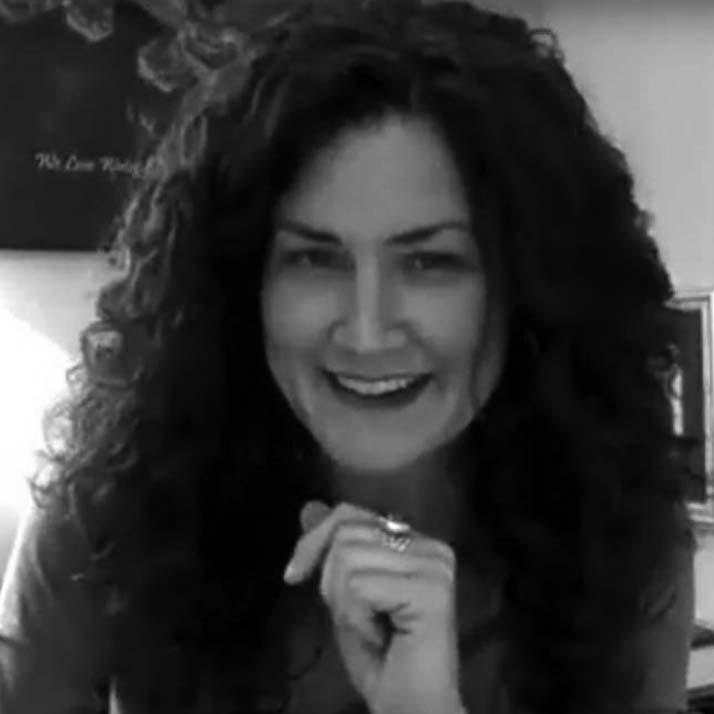 Amandha Vollmer - Author of Healing with DMSO - YumNaturals Emporium