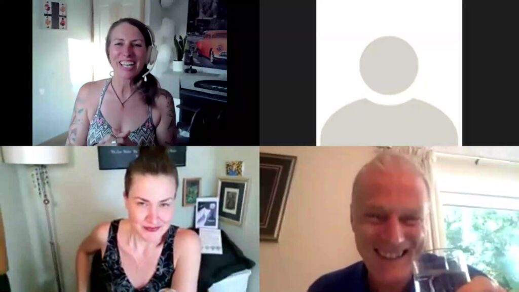 Amandha Vollmer of yummy.doctor Chats with Courtenay Dirk and Trina